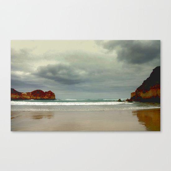 Great Southern Ocean, Beach, Gigantic Cliffs, Seascape, Sky, Australia.