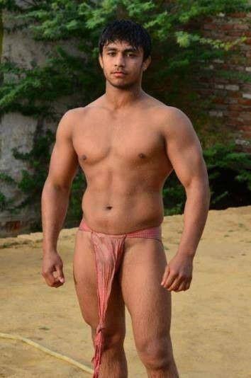 Hot guys modeling naked
