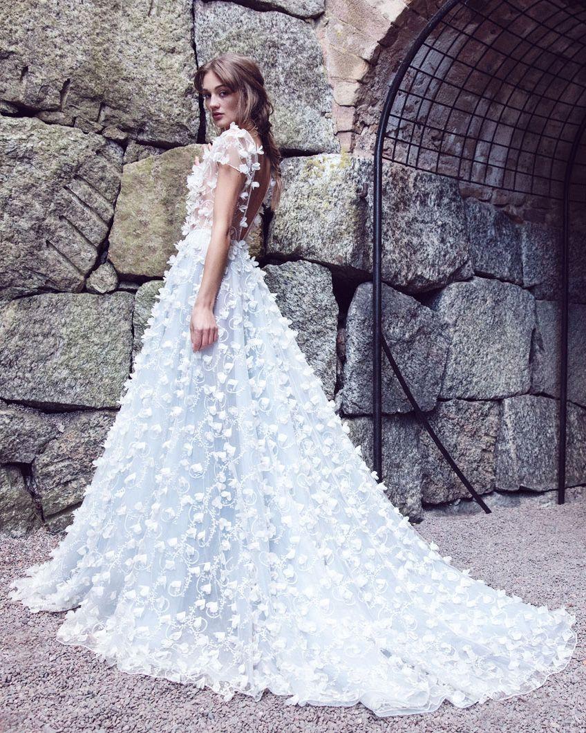 10 svenska brudklänningsdesigners att hålla ögonen på