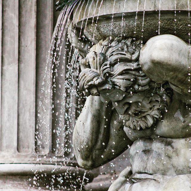 #vienna #austria #fountain #statue #sculpture #highspeed #water #canon_photos #travel #art