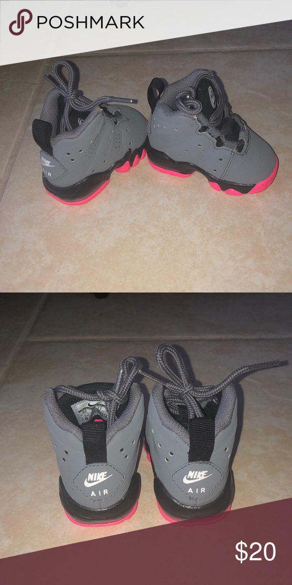 newest 6a499 ad611 Nike Air Max Barkley Steel Gray   Pink Nike Shoes 2c Worn once Nike Shoes  Sneakers