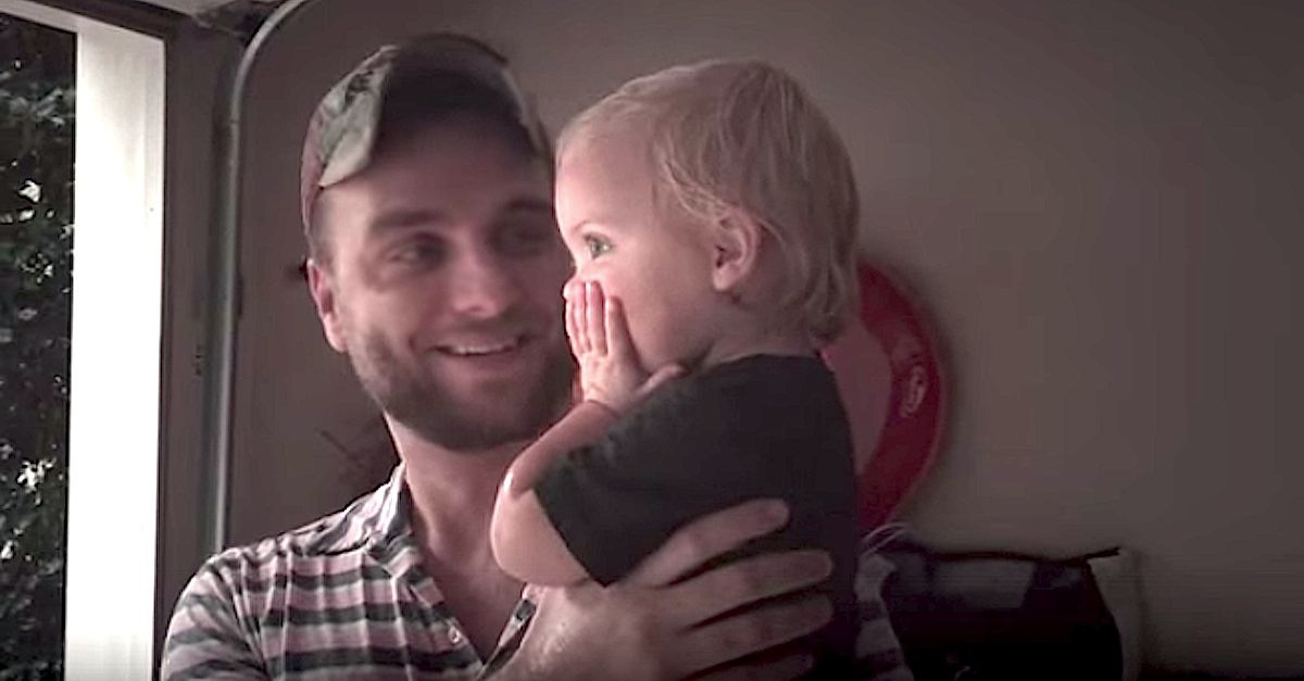 Toddler's Priceless Reaction To Her First Summer Rain With Daddy! | Summer rain, One summer, Dads