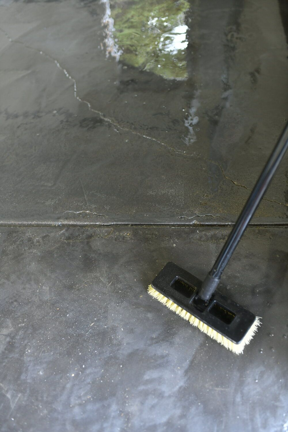 The One Where We Finish a DIY Project (HOW TO EPOXY A