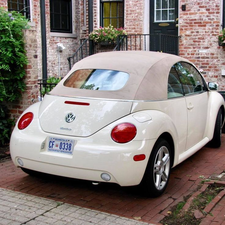 Schones Cabrio Vw With Images Vw Beetle Convertible Volkswagen New Beetle Volkswagen Beetle Convertible