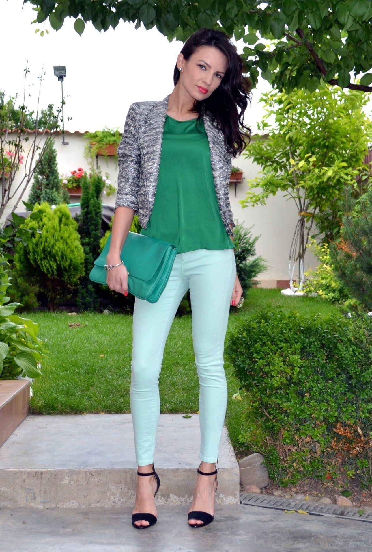 CAbi mint green jeggings, shoulder tee, jacket du jour!