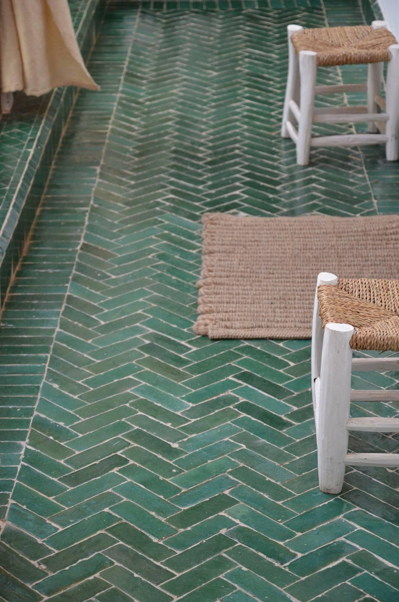 Pin de clé tile en terracotta tile (zellige) | Pinterest | Pisos, En ...