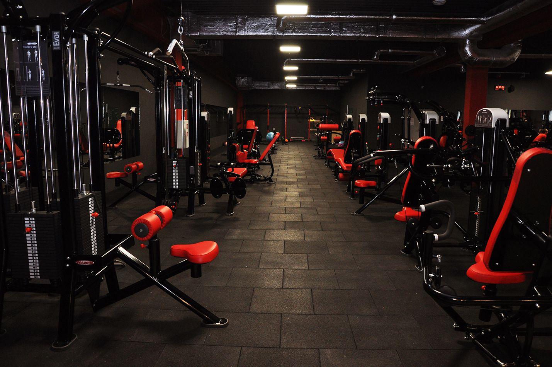 Pin By Revolutiongym On Revolutiongym Poland Gym Design Interior Fitness Design Gym Gym Room At Home