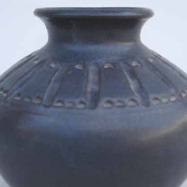 Category: Glaze, Black, Author: Lakeside Pottery, Notes: From Lakeside Pottery http://www.lakesidepottery.com/Pages/Glaze-recipes-at-Lakeside-Pottery.htm Matt. Blue / grey effect if used over white (e.g., eggshell 611)