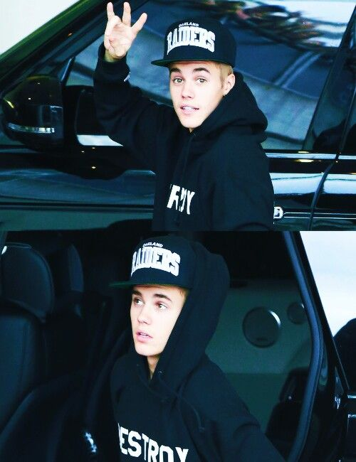 Imagine: justin leaving for his tour he's kissed you good bye and his face looks like this as he gets into the car and waves