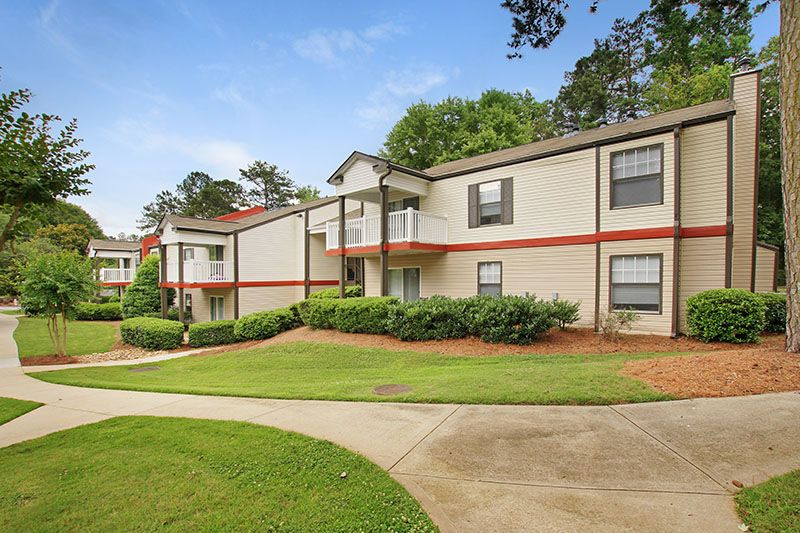 Who Says You Can T Entertain In An Apartment 400 Winchester At Vinings Apartment Homes In Atlanta Ga Has Contemp Apartments For Rent Renting A House Home