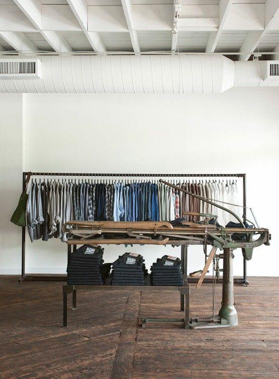 Adored Vintage 10 Retail Shop Design Ideas For The Vintage Shop Shop Design Shop Interior Design Commercial Interiors