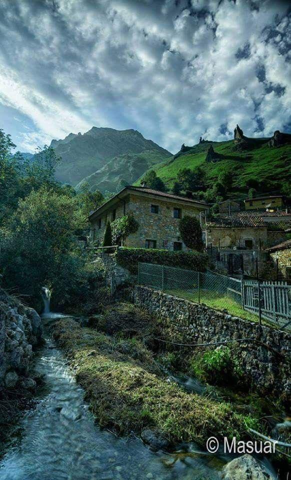 Tuiza de arriba asturias travel lugares de espa a for Destinos turisticos espana