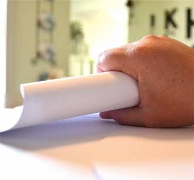 Como hacer flores grandes en papel cartulina (2)
