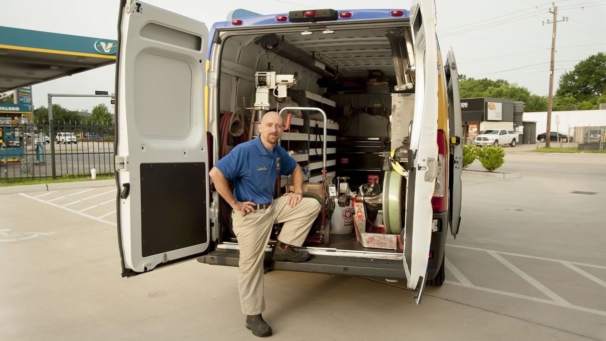 Houston's Plumbing, Heating and Air Conditioning
