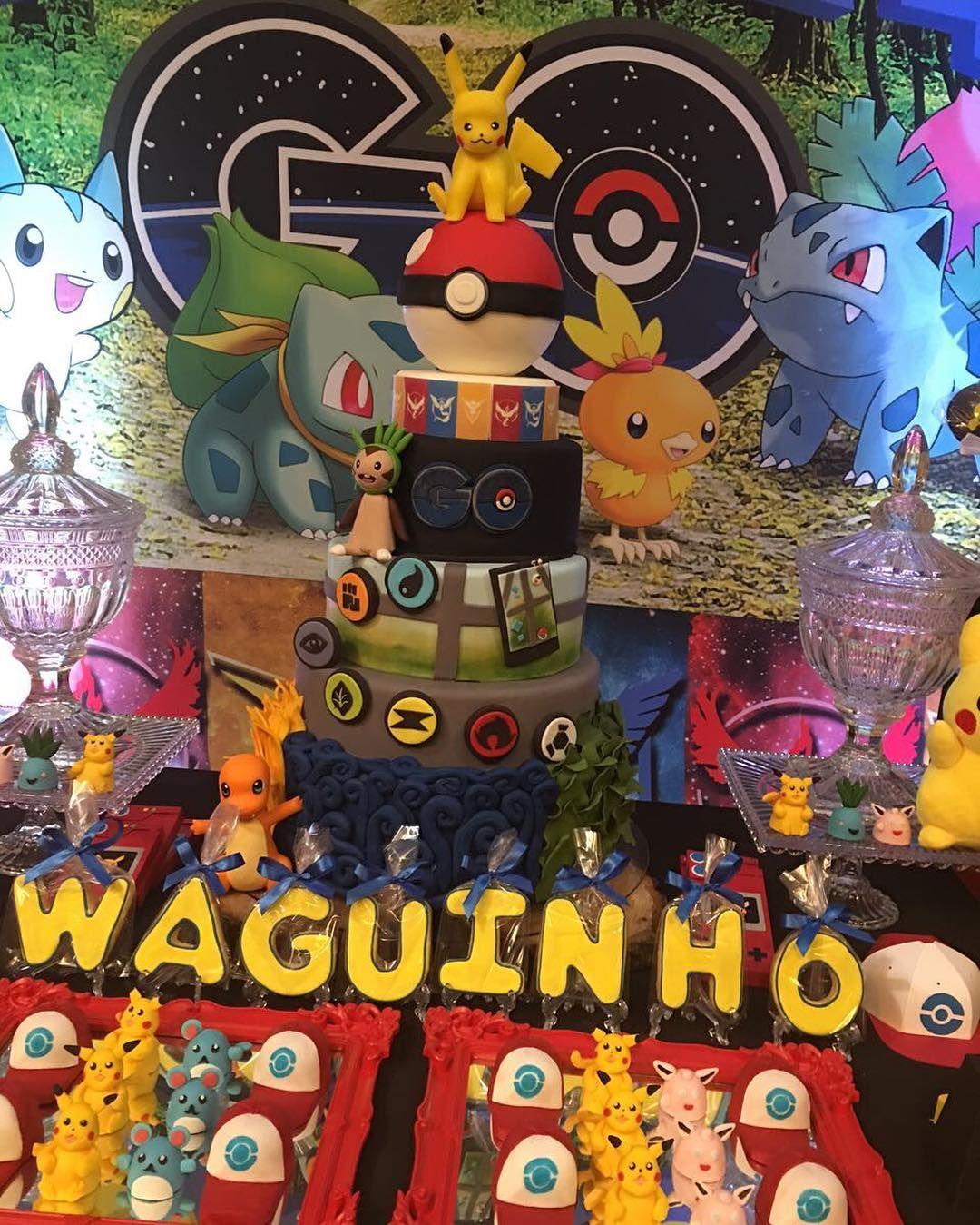 Mais fotos da festa Pokémon. Mais detalhes da decoração no post anterior. Sucesso @loucaporfestas ...
