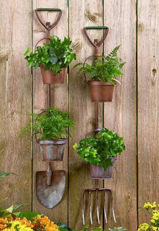 20 Unexpected Things To Be Used As Planters | Pinterest | Jardín ...