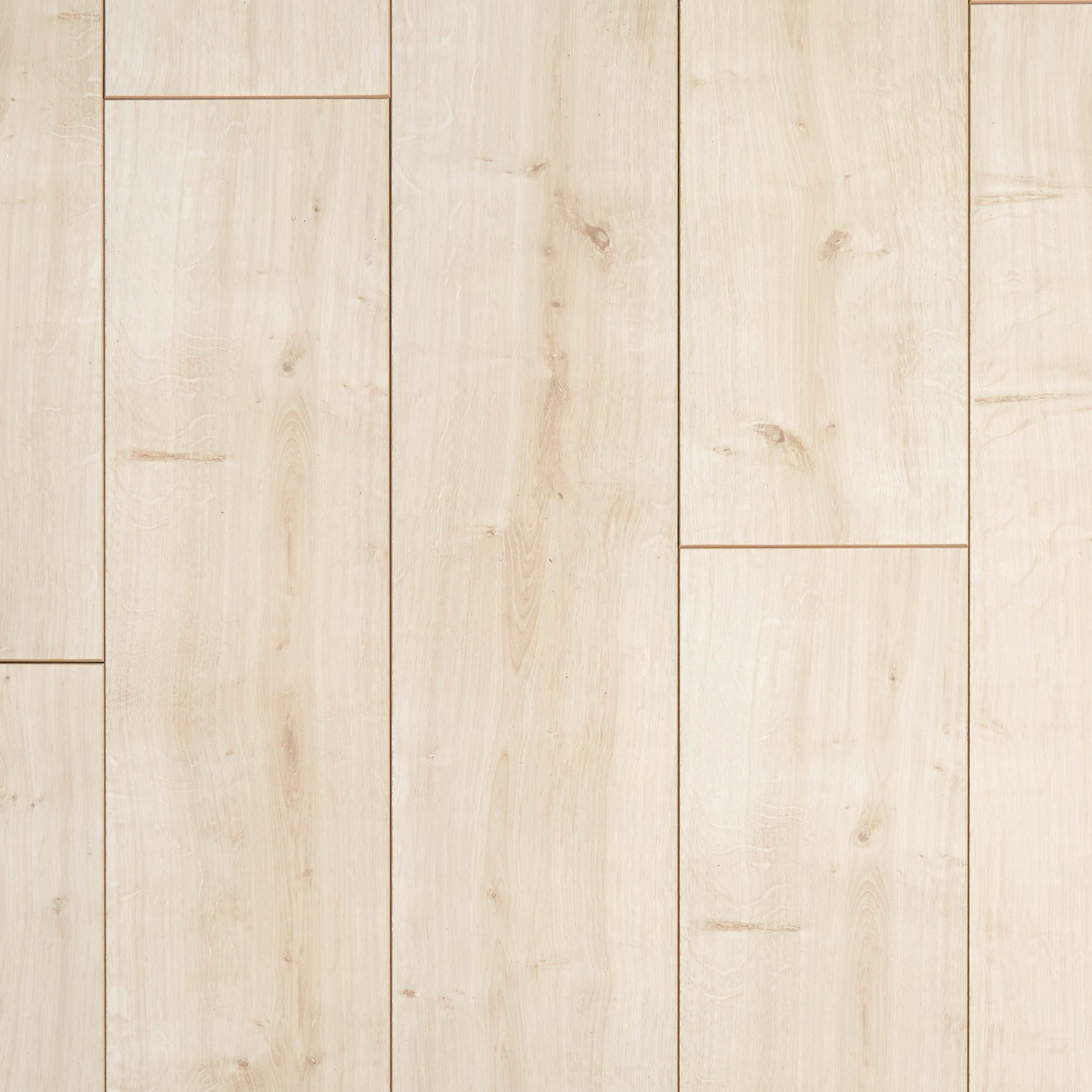 Camarillo Natural Oak Water Resistant Laminate Flooring Waterproof Laminate Flooring Natural Wood Flooring