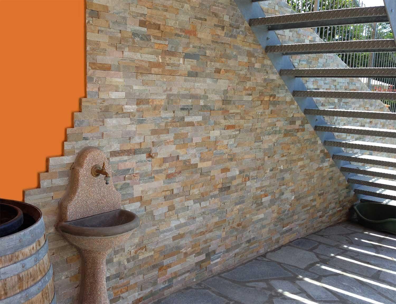 Revestimiento de fachada de piedra natural scaglia by b b for Jardines en piedra natural