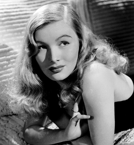 Great Hair Then Now Then Peekaboo Do In The 1940s Actress