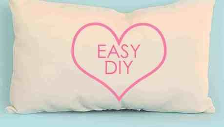How to Make a Doll Pillow - FREE Doll Bedding Series | TREASURIE