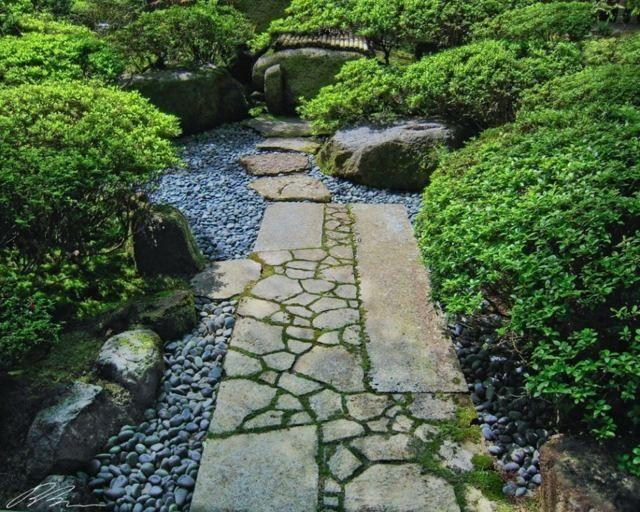Garten Gestaltung Gartenwege Anlegen Moos Kies Flusssteine ... Gartenwege Aus Kieselsteinen Garten Anlegen
