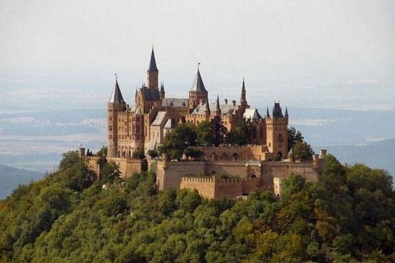 In Pictures Cool Castles Of The World Stickboy Daily Germany Castles Hohenzollern Castle Castles To Visit