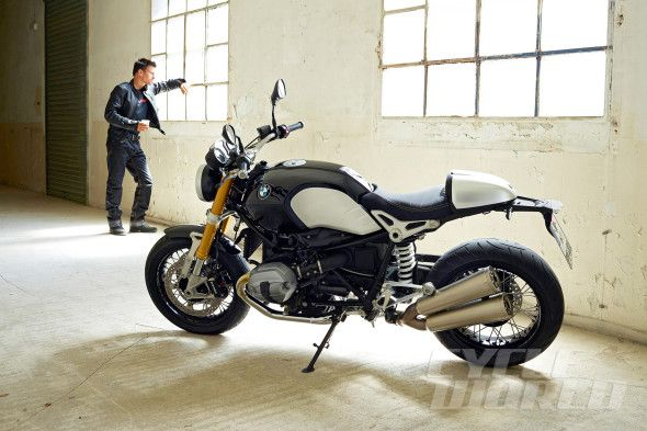 NEW BMW r ninet  http://www.cycleworld.com/2013/10/17/2014-bmw-r-ninet-first-look-review-photos/