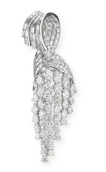 ATTRACTIVE DIAMOND BROOCH, STERLE, 1950S