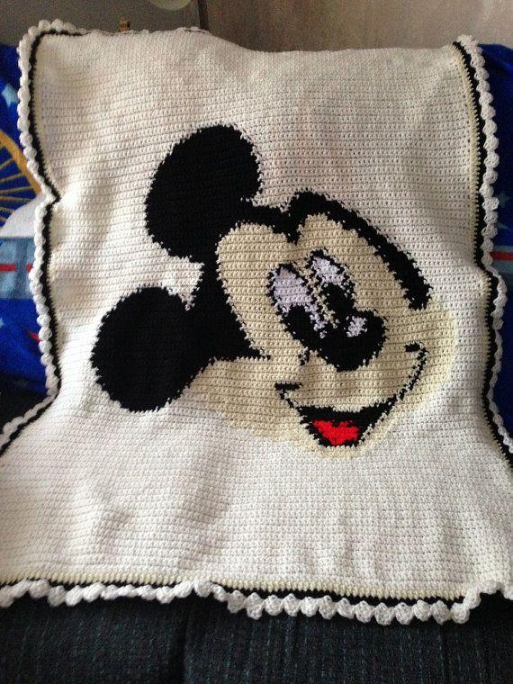 Mickey Mouse Crocheted Blanket Lap Size by 1craftygrandma | Cobija ...
