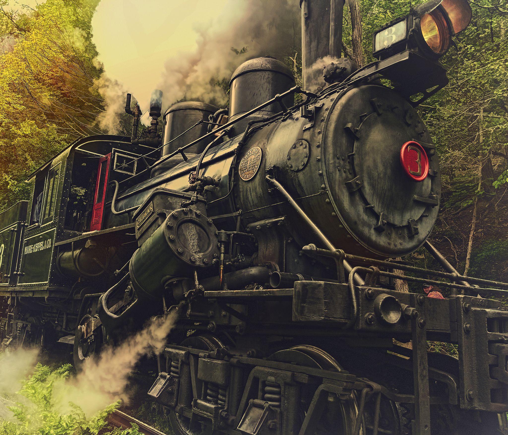 Tremble Train tracks, Train car,