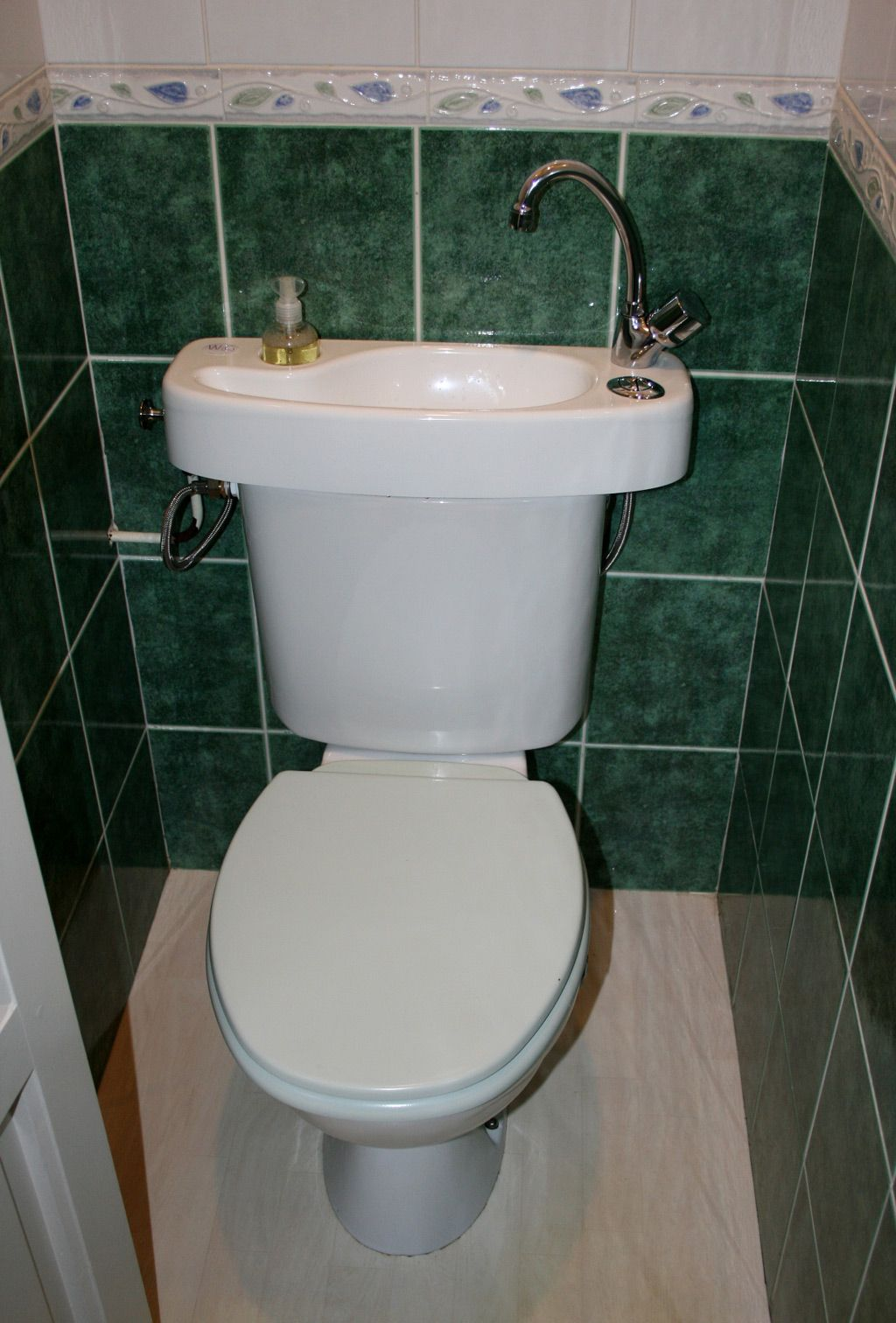 afbeeldingsresultaat voor wc lavabo wc pinterest searching. Black Bedroom Furniture Sets. Home Design Ideas