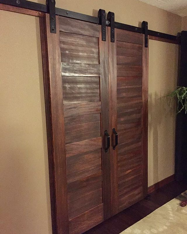 bedroom walk in closet doors love the 5 panel doors with rusticas barn door slider hardware. Black Bedroom Furniture Sets. Home Design Ideas