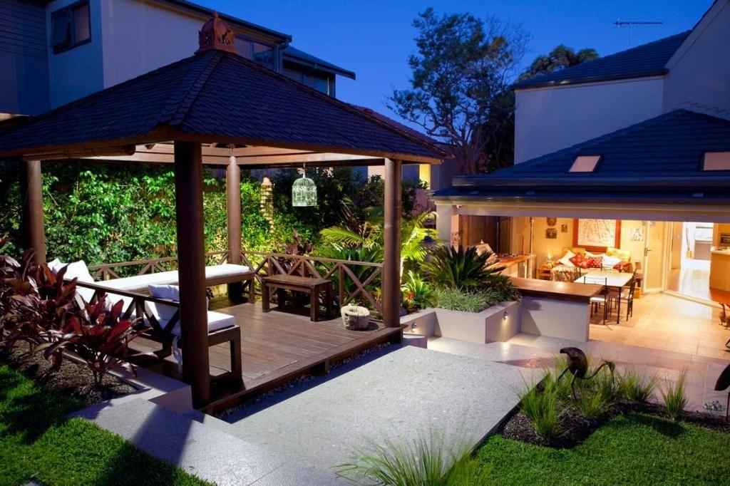 Pérgolas de madera   Destacando en el jardín.   #my little backyard ...