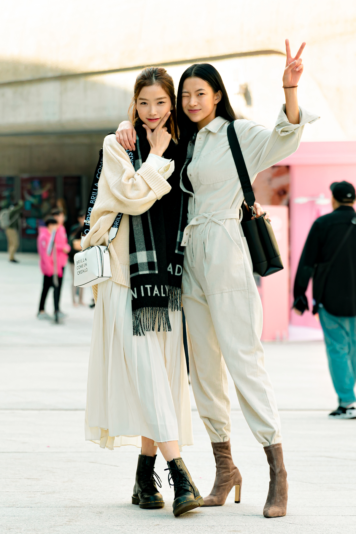 SEOUL FASHION WEEK STREETWEAR WOMENS 8SS 8Day더 보기 Source by