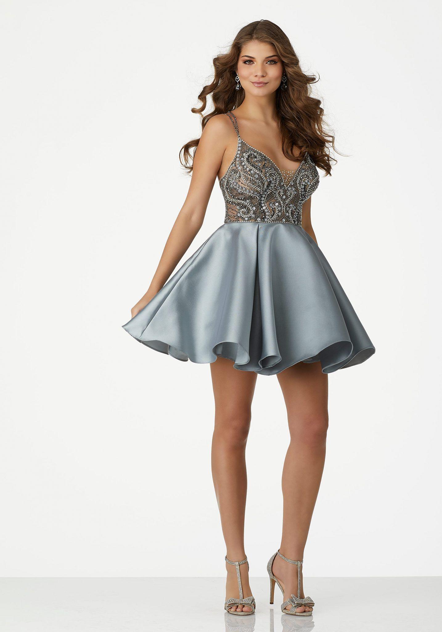 abiye elbise kısa abiye modelleri gri askılı v yakalı saten