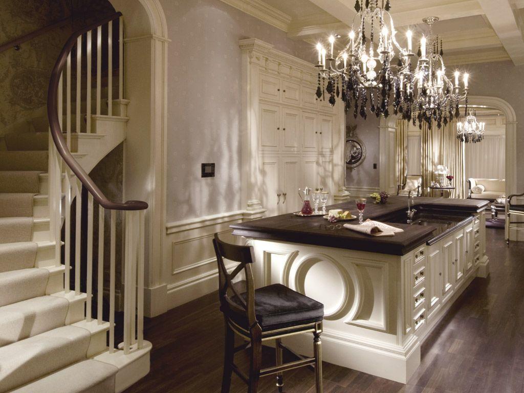 Clive Christian Ivory Kitchen Elegant Architectural Details