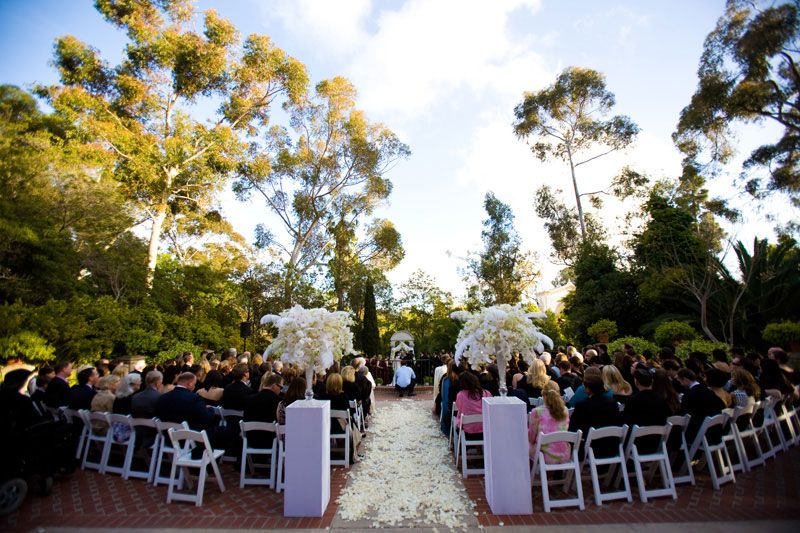 38 Ceremony Pillars Love This Style Perhaps We Can Recycle For Reception Center Pieces