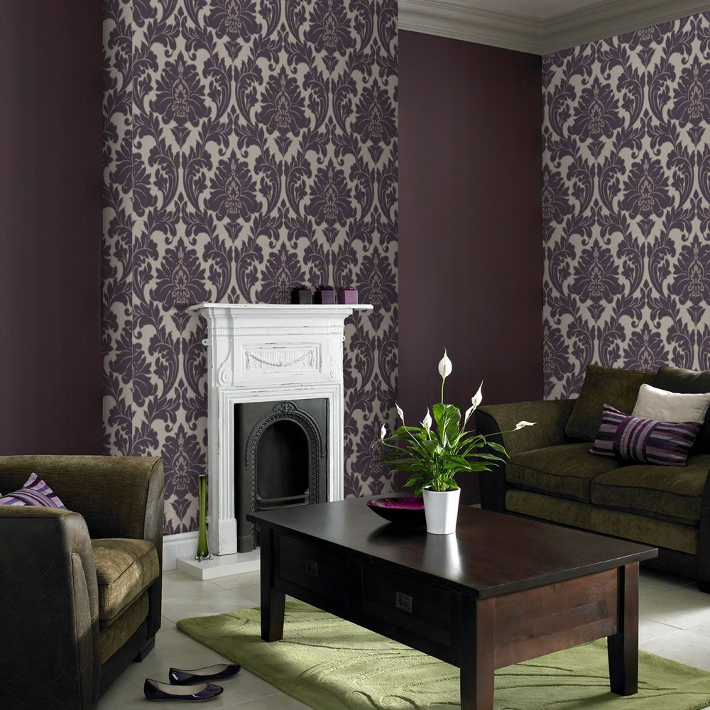 Superfresco Easy Majestic Plum 30434 Feature wall