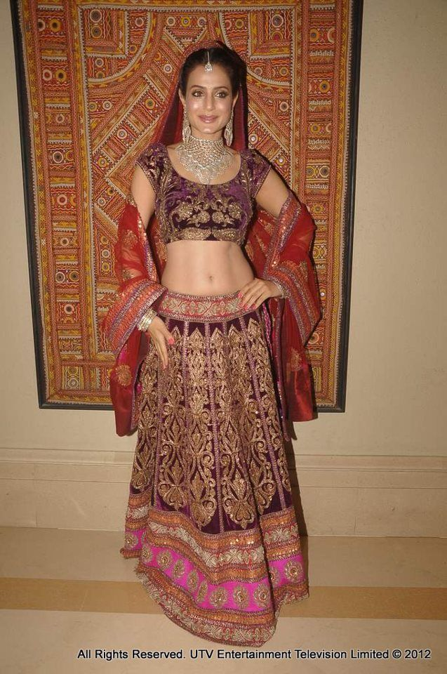 Ameesha Patel Walk The Ramp For HVJ Fashion Show Find This Pin And More On Big Fat Indian Wedding