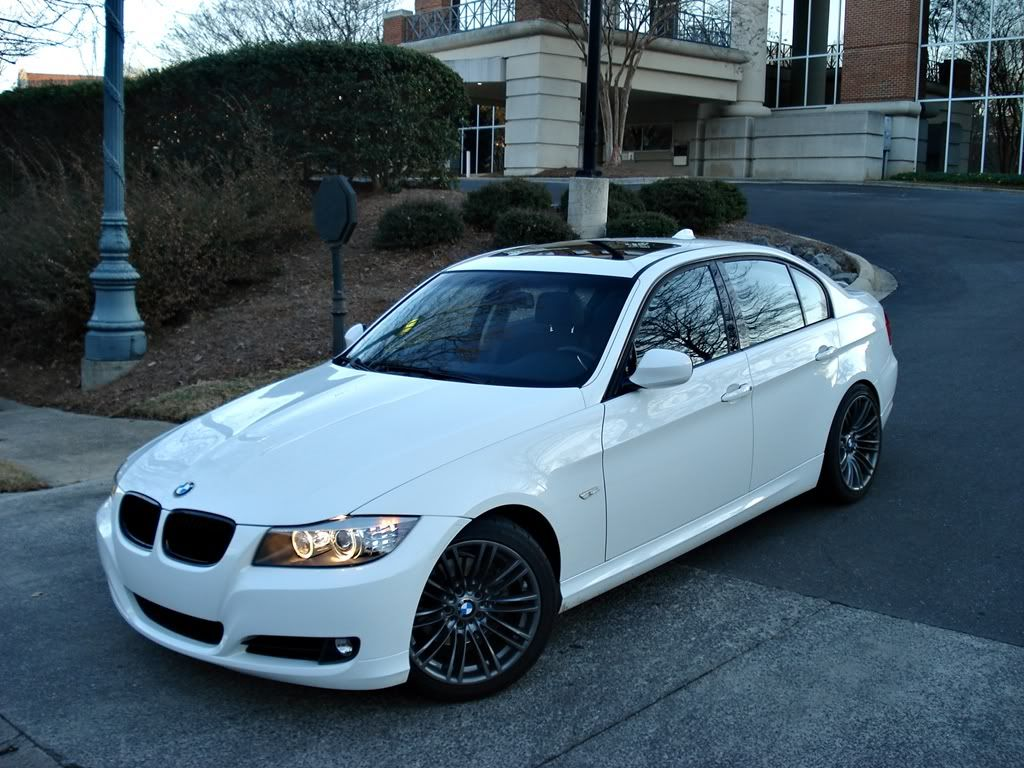 small resolution of 2009 bmw 328i white