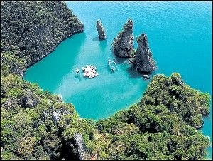 Archipelago Cinema - Thailand (where I'd rather be instead of writing a paper at the library)