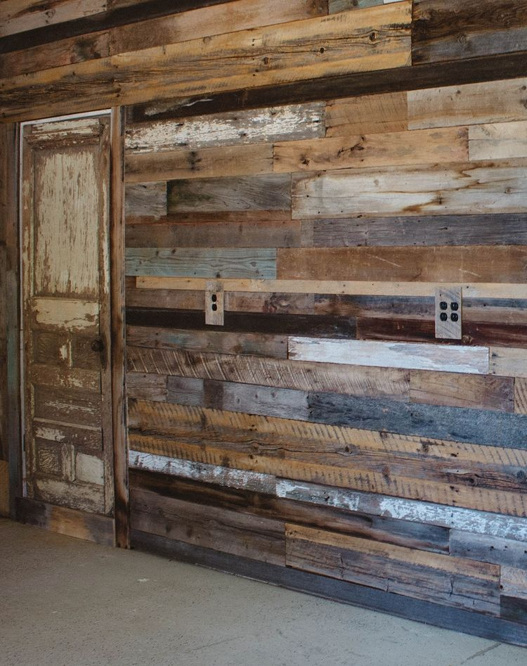 Barnwood Accent Wall Cool In 2019 Basement Wall Colors