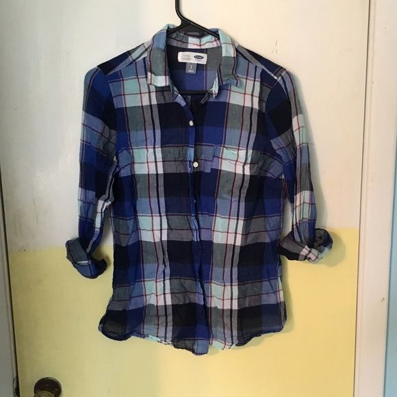 Plaid print top Lovely blue plaid print top, size small!   No holes or stains. No trades. Bundle for discounts!  Or shoot me an offer!! Tops Blouses
