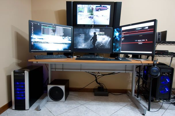 Ultra cool computer setups and desktops