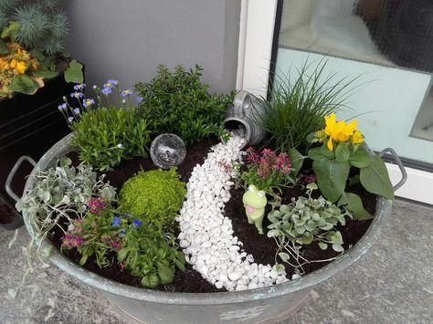 Bildergebnis für zinkwanne bepflanzen #kräutergartendesign