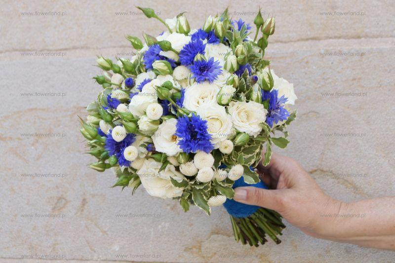 Bukiet Slubny Granatowy Szukaj W Google Cornflower Wedding Cornflower Wedding Bouquet Wedding Bouquets