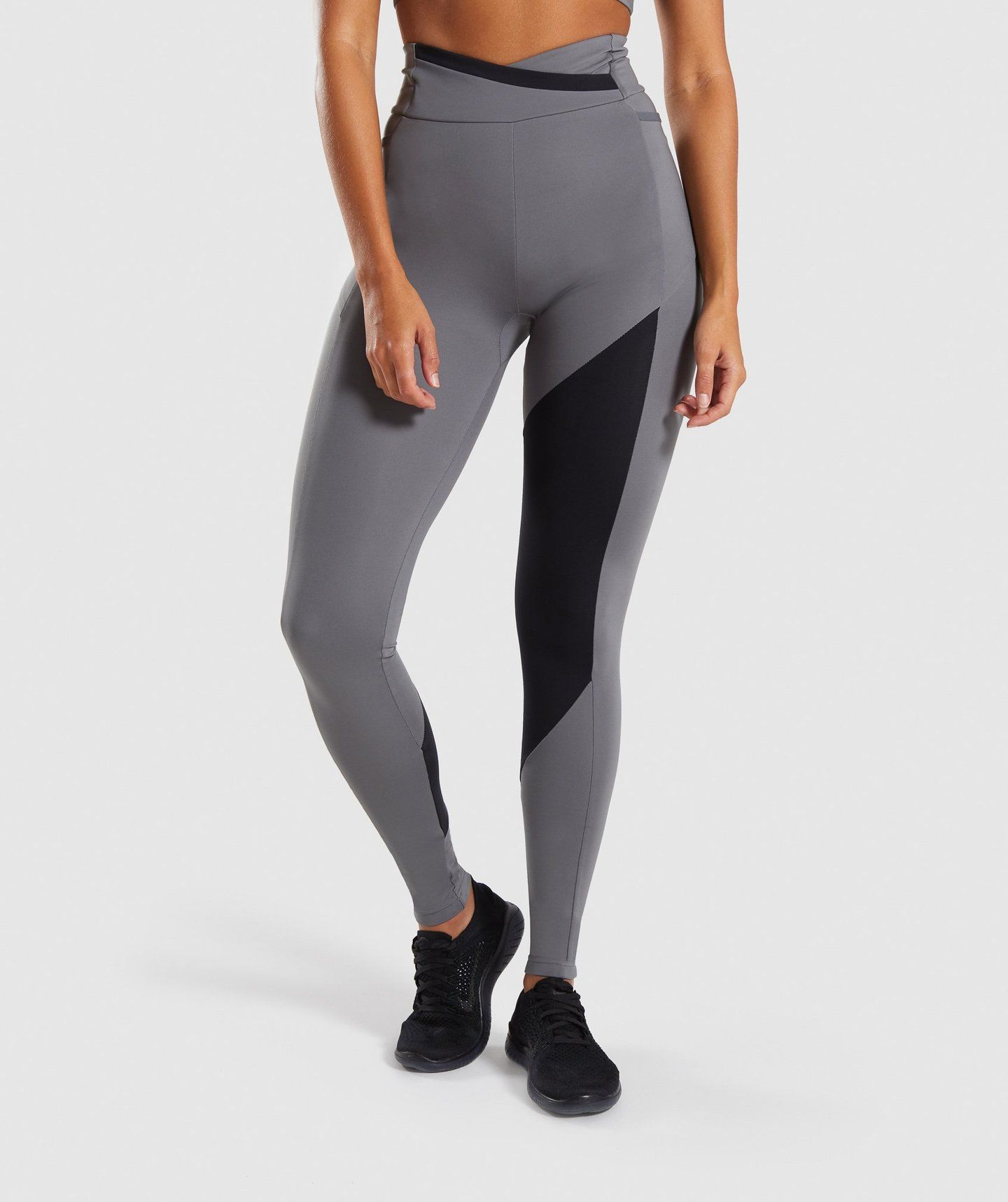e71767f79e4a7 Gymshark Asymmetric Leggings - Smokey Grey/Black in 2019   i love ...