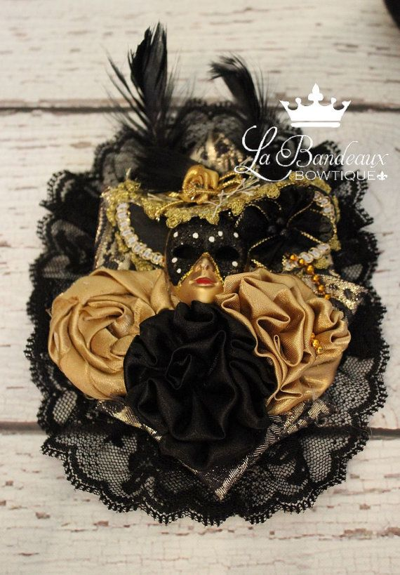 Black and Gold New Orleans Style Mardi Gras by LaBandeauxBowtique, $15.00