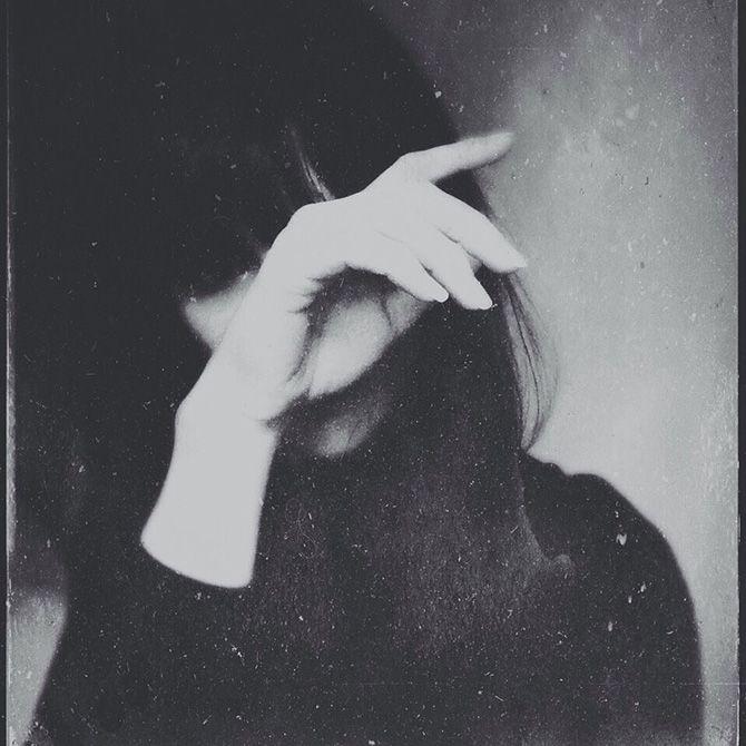 Atmospheric black and white portraits by deborah sheedy bleaq