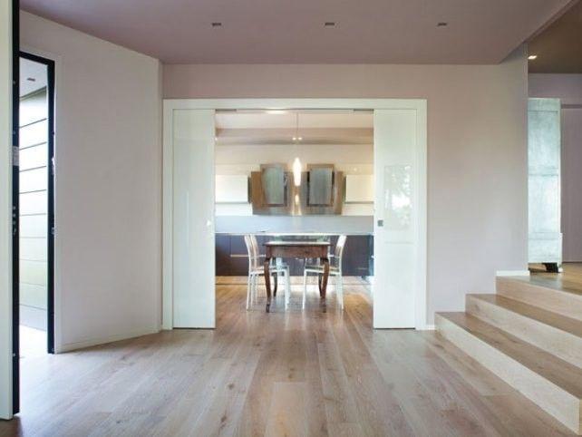 Cucina e soggiorno separati idee casa porte vetro for Idee per dividere cucina e soggiorno